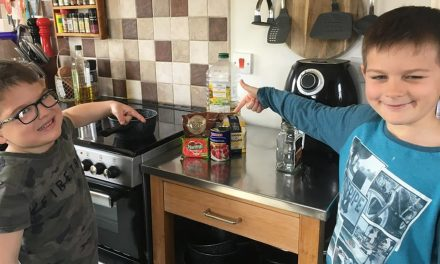 Kids Club | Fishing Fun with Zen – Week 1: Making a bait dip to go with bread paste