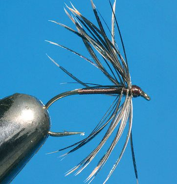 TYING CLASSIC SPIDER PATTERNS
